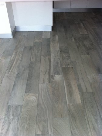 Pose de carrelage imitation parquet best 25 pose for Pose en quinconce carrelage